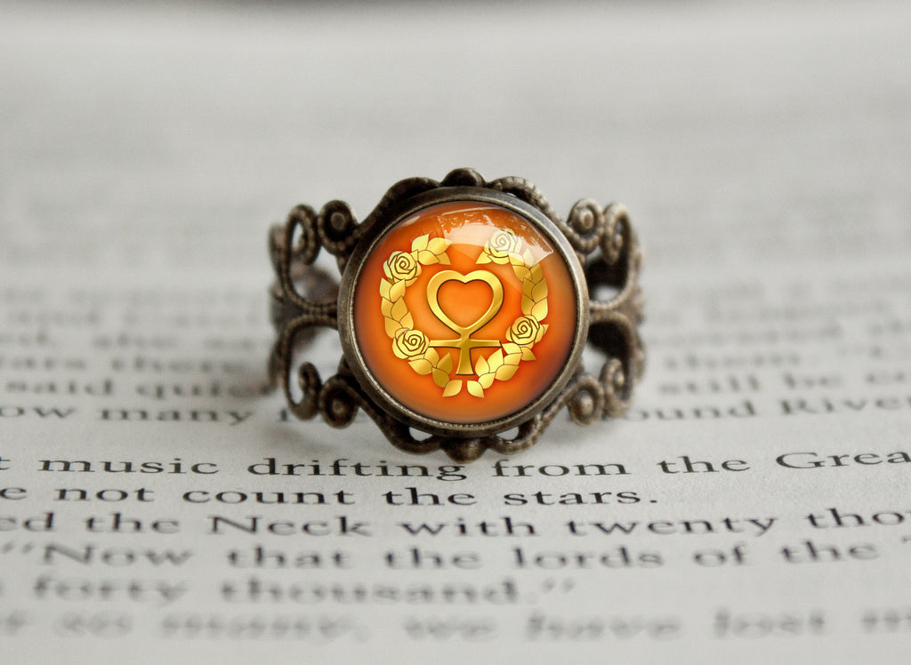 Sailor Moon Sailor Venus Rose Symbol antique style ring