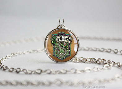 Potter necklace house green slytherin emblem sigil silver