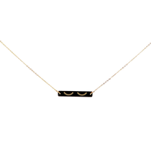 Load image into Gallery viewer, Eyelash Engraved Necklace