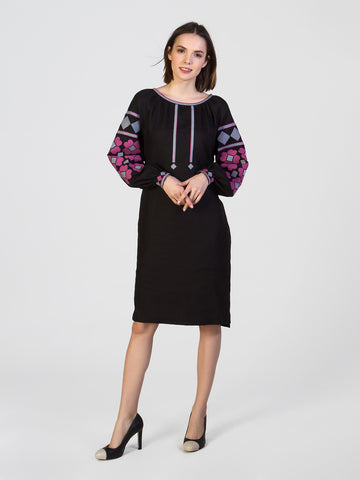 Embroidered dress MD17/1