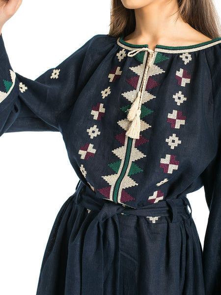 Embroidered dress EN 4