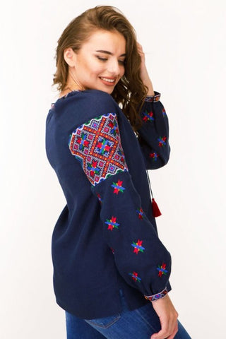 Embroidered blouse (7401)