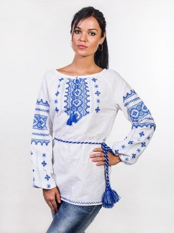 Embroidered blouse C24