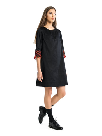 Embroidered dress EN 3