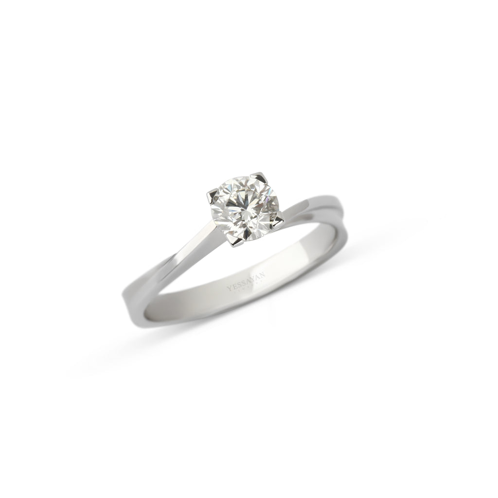 Solitaire ring in Dubai | Wedding ring in Dubai