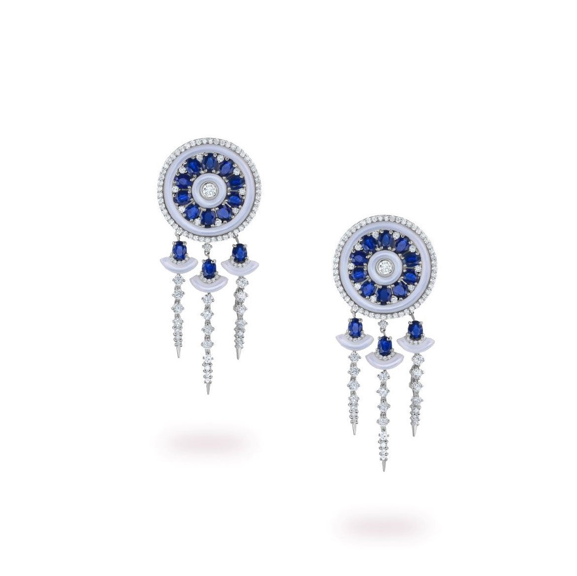 Diamond earring in Saudi Arabia