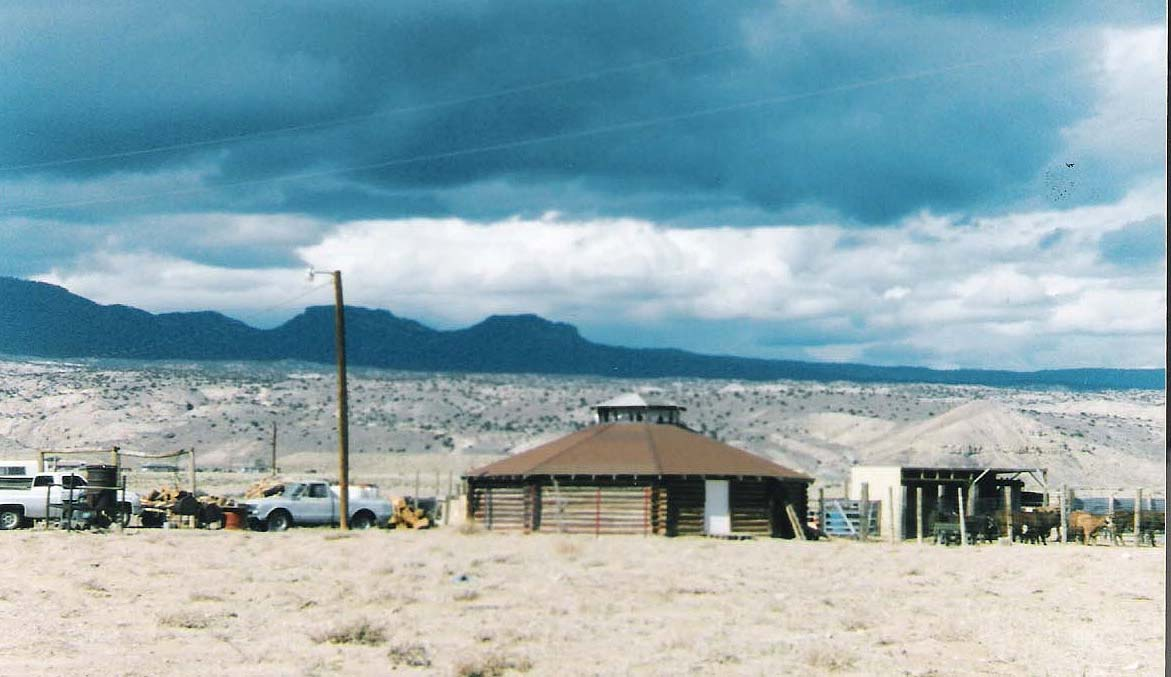 Trip to Zuni - Image of modern day hogan on a typical Navajo ranch