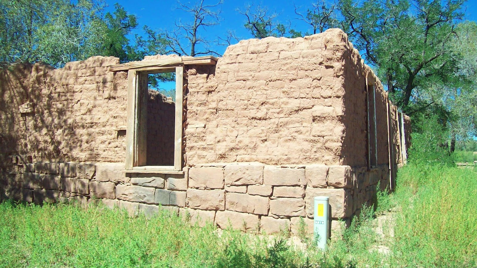 Trip to Zuni - Image of an Abandoned adobe
