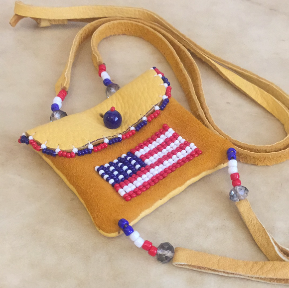 Leslie Bitsie Jr. Navajo Patriotic Indian Beadwork Beaded Pouch / Necklace