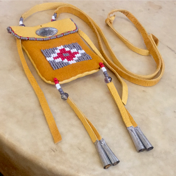 Leslie Bitsie Jr.  Navajo Indian Beadwork Pouch/ Necklace
