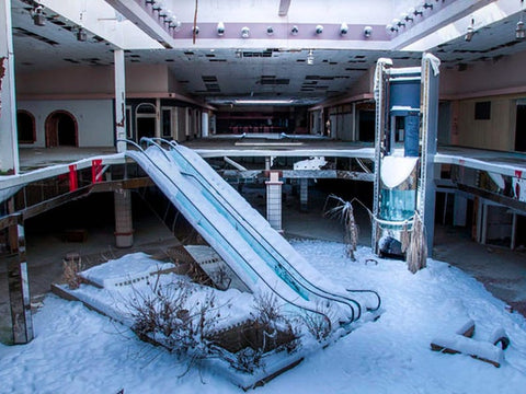 Abandoned Mall due to retail apocalypse