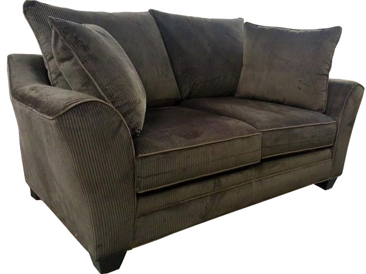 456-02 Loveseat