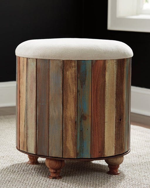 Oristano Signature Design by Ashley Ottoman image