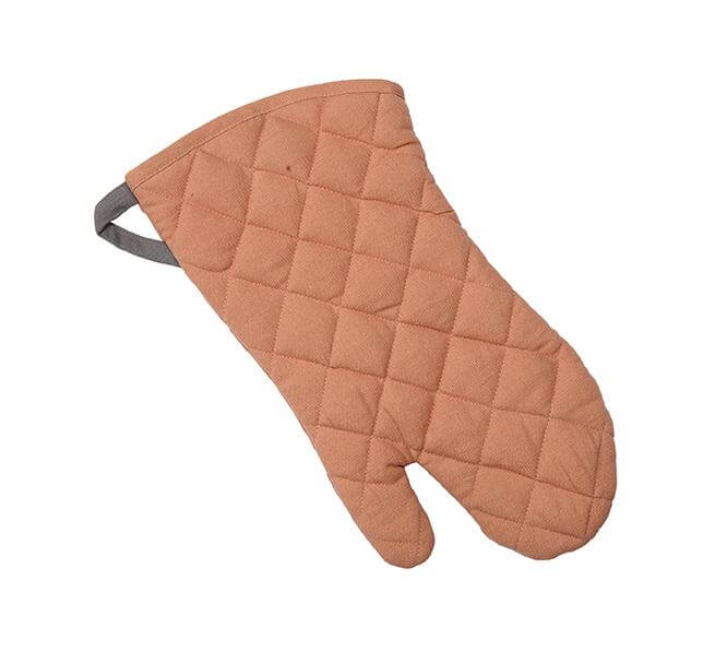 BRITISH COLOUR STANDARD -  Barista-Style Oven Mitt in Old Rose