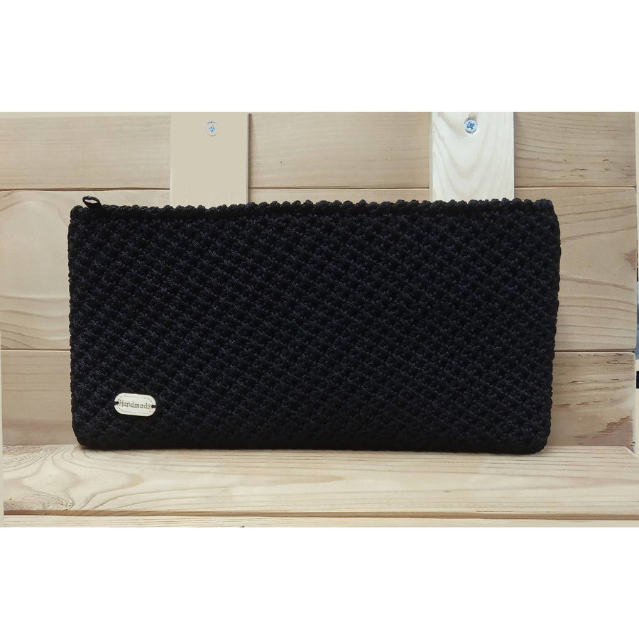 Handmade knitted purse