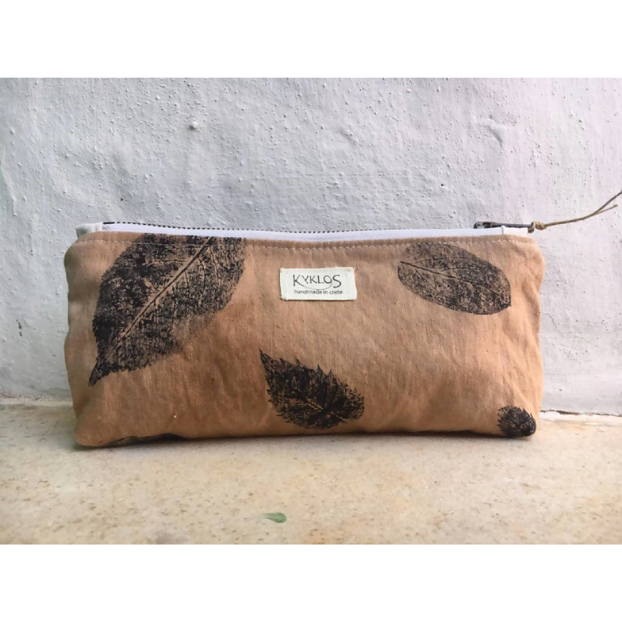 Naturally dyed standing lined zipper pouch/ make-up bag/ cosmetic pouch/ walnut dye/ hand printed