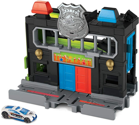 Downtown Police Station Hot Wheels Toxic Creatures Set
