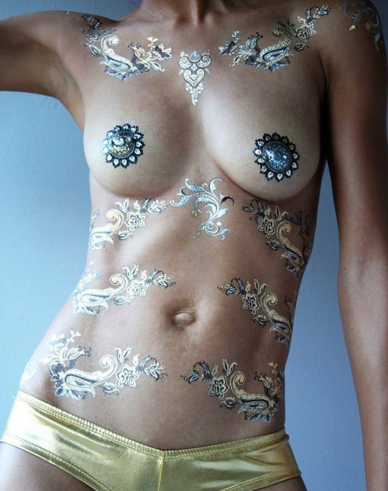 Load image into Gallery viewer, Tittoo Foil Henna Tattoo on Model