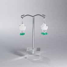 Load image into Gallery viewer, Green Onyx Beaded Earrings Silver