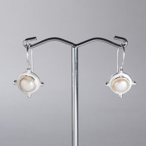 Pearl Mini Earrings Silver