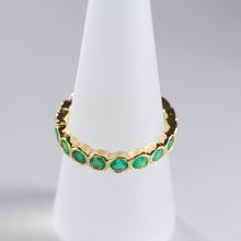 Load image into Gallery viewer, Green Onyx Eternity Ring Gold