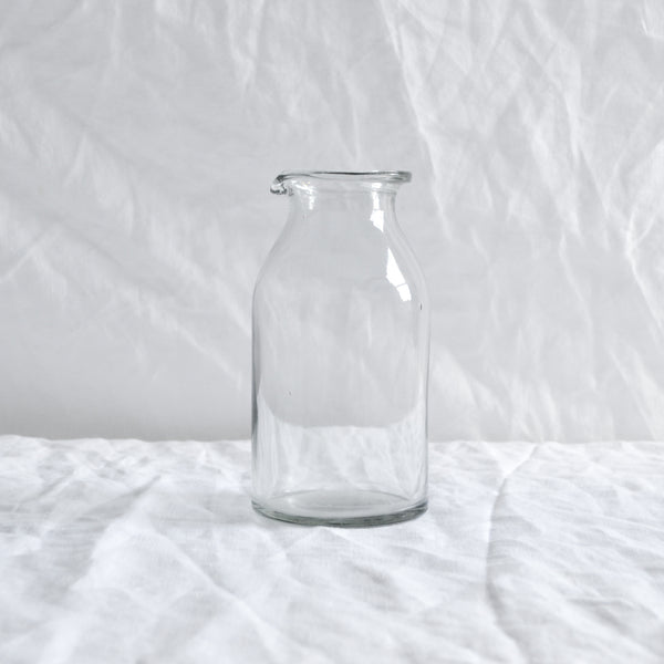 CLEAR GLASS MILK JUG