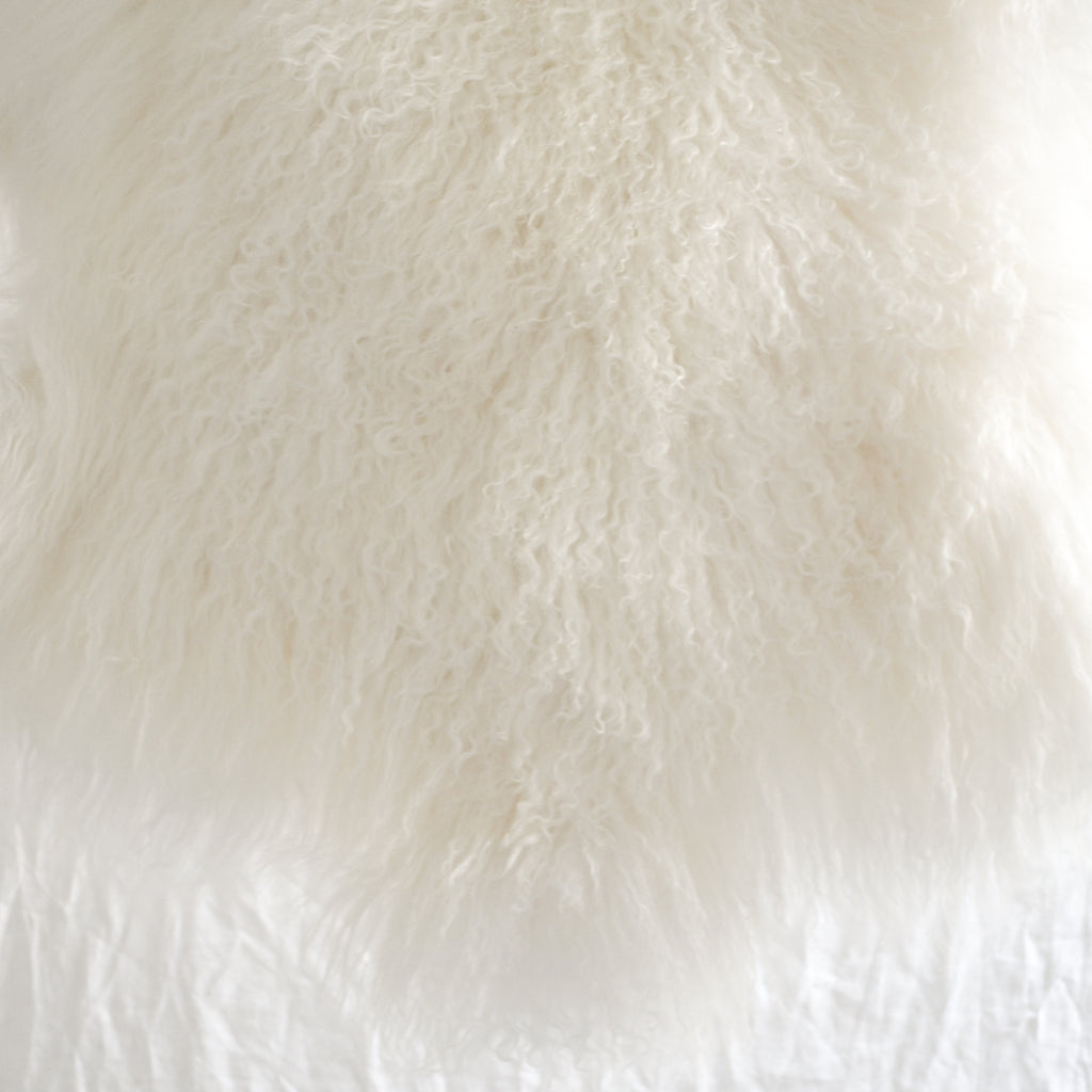 CREAM TIBETAN LAMBSKIN THROW