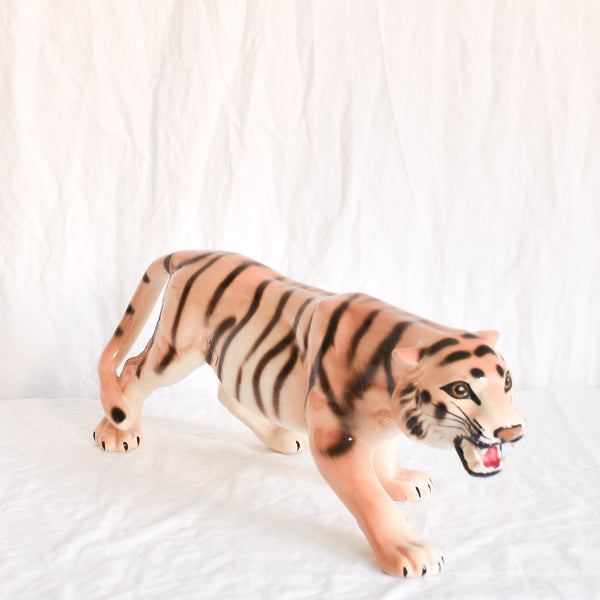 VINTAGE LARGE HANDPAINTED CERAMIC TIGER