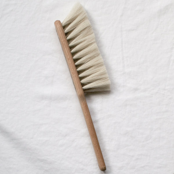 BEECH WOOD DUST BRUSH CREAM