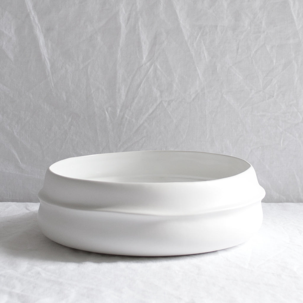 WHITE CERAMIC MATTE RIDGED BOWL LARGE