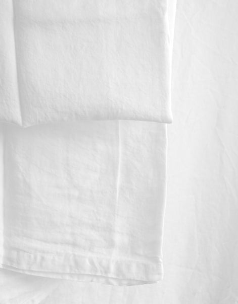 PURE WHITE LINEN TABLECLOTH 160 X 160