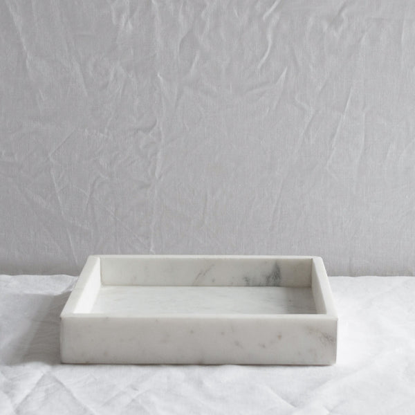 WHITE MARBLE SQUARE TRAY LARGE
