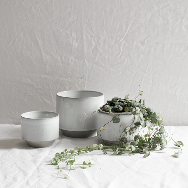 SET OF 3 WHITE CERAMIC MATTE & GLAZE PLANT POTS