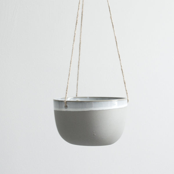 GREY CERAMIC MATTE & GLAZE HANGING POT LARGE