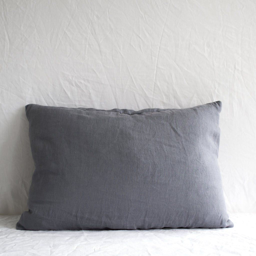 BLUE LINEN LUMBAR CUSHION COVER