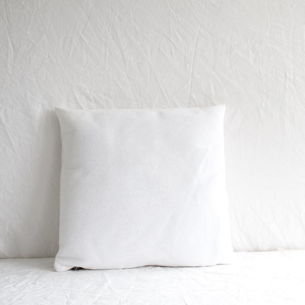 WHITE COTTON CUSHION WITH INSERT