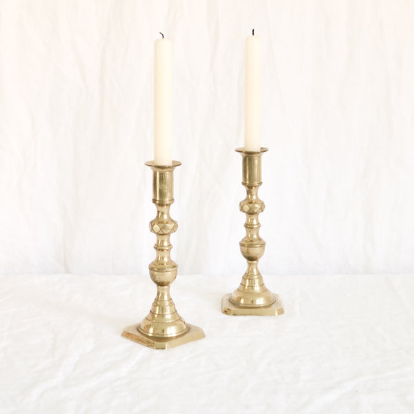 VINTAGE 'ELIOT' PAIR OF CANDLESTICKS