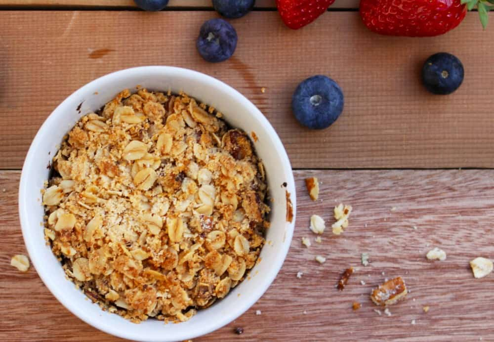Berry Crumble recipe clean food luk beautifood