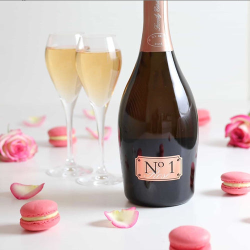 No-1-Family-Estate-Lifestyle-Fizztopia-Rose-and-Macarons