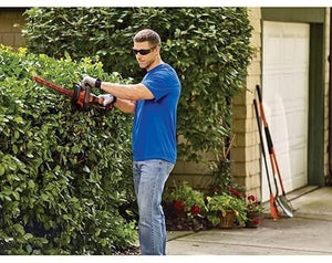 BLACK+DECKER 40V MAX Cordless Hedge Trimmer with POWERCOMMAND Powercut, 24-Inch (LHT341FF)