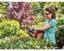Load image into Gallery viewer, BLACK+DECKER 40V MAX Cordless Hedge Trimmer with POWERCOMMAND Powercut, 24-Inch (LHT341FF)