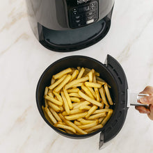Load image into Gallery viewer, Ninja Air Fryer that Cooks, Crisps and Dehydrates, with 4 Quart Capacity, and a High Gloss Finish