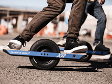 Load image into Gallery viewer, One Wheel XR Skateboard