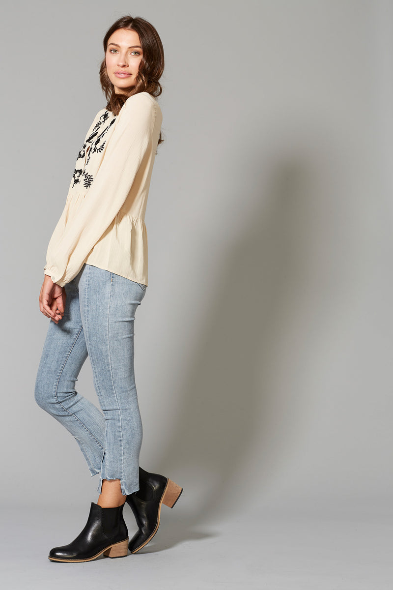 Shasta Top - Navajo - Isle of Mine Clothing - Top L/S Linen