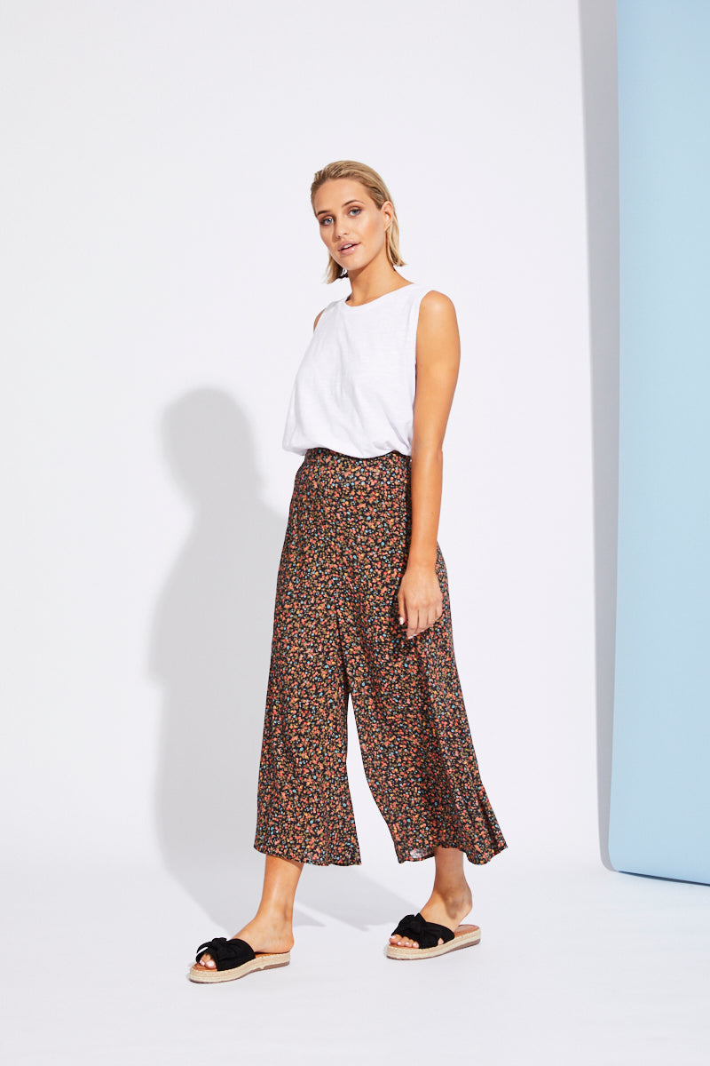Riviera Pant - Black Floral - Isle of Mine Clothing - Pant Relaxed
