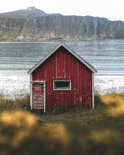 Load image into Gallery viewer, Little Red Hut