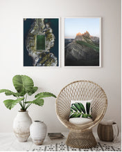 Load image into Gallery viewer, Dolomite