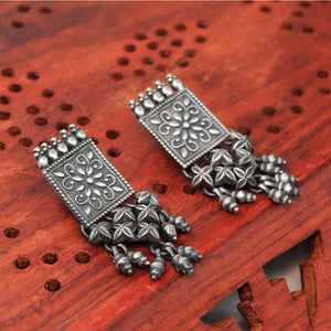 Tribal Earring in Oxidized 92.5 Sterling Silver