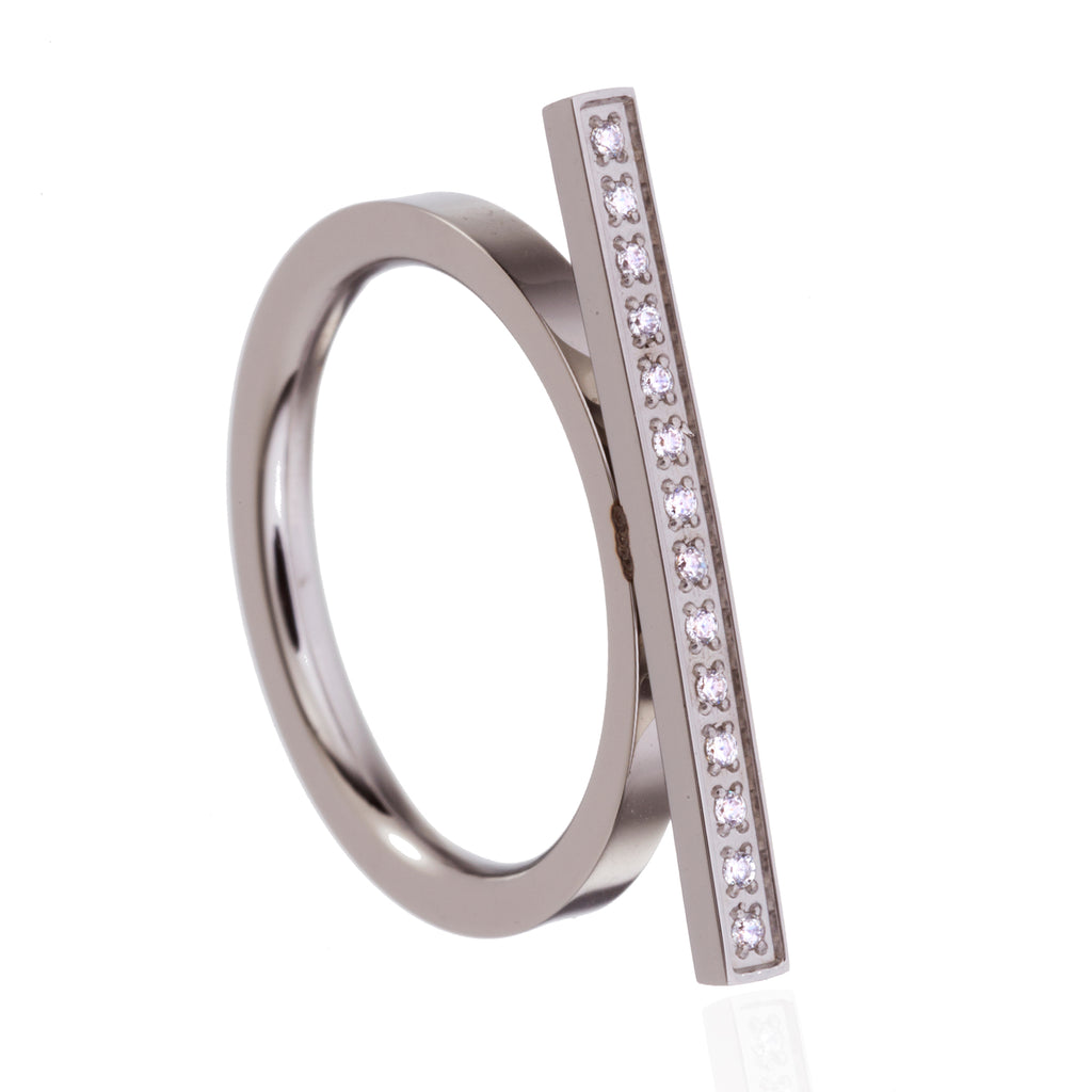 Urban Sparkle dainty bar  Ring