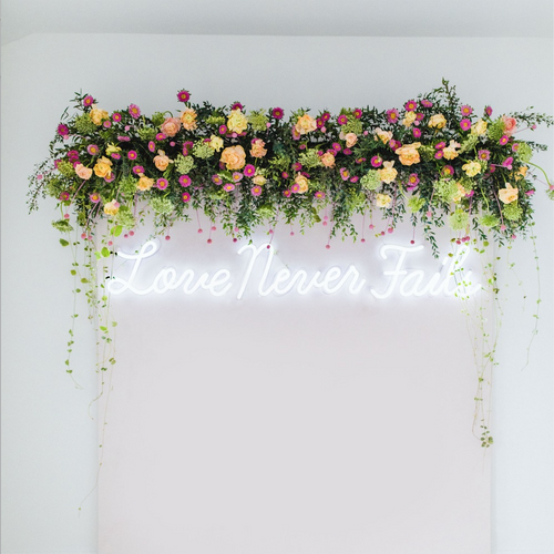 Take Your Wedding to the Next Level with Neon Signs